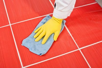 depositphotos_13572678-stock-photo-worker-with-yellow-gloves-and.jpg