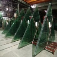 triangle laminated glass with no flaws