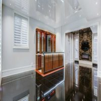 Luxury-Basement-entertainment-area-large-open-space-1600x708.jpg